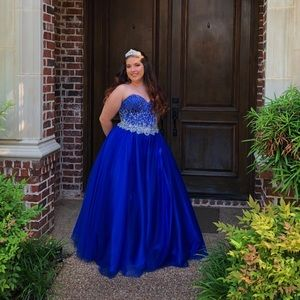 Dresses & Skirts - Prom Dress XL